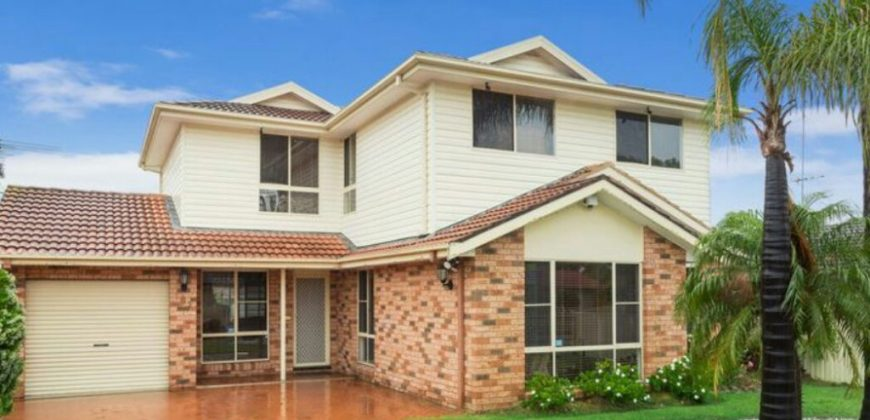 6 Bedroom House for Rent in Hassall Grove
