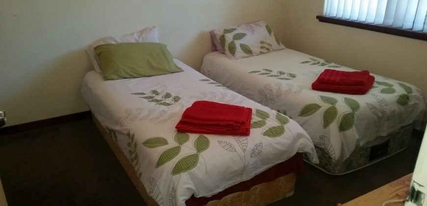 SEMI EXECUTIVE -SHORT STAY – FAMILY, GROUP, COUPLE or SINGLE – CITY OUTSKIRTS