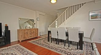 Merrylands modern 3 bed townhouse